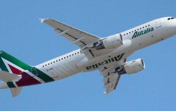 Alitalia Airbus A320-216 (By Alessandro Ambrosetti)