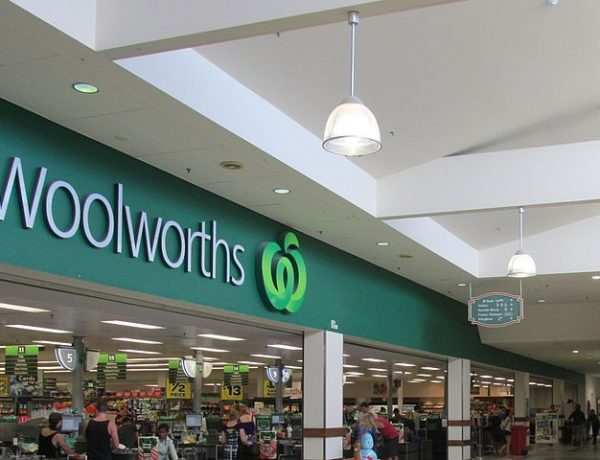 Woolworths Rewards changing the way it transfers to Qantas Points