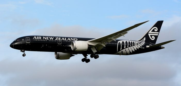 Air_New_Zealand,_Boeing_787-9_ZK-NZE