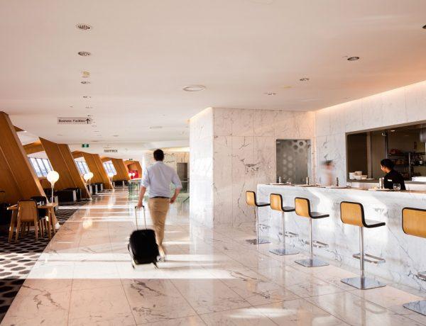 Qantas starts reopening International Lounges